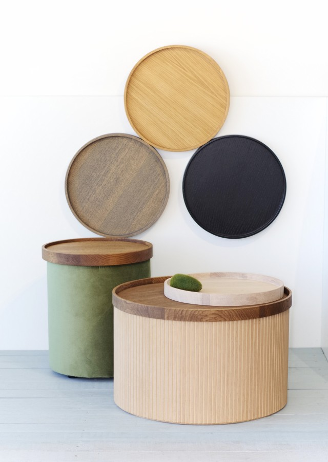 Cozy pouf  with wooden Tray